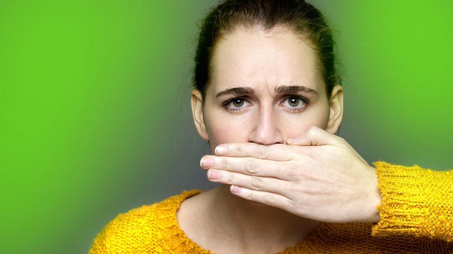 nagy hasi szag megszabadulni a száj rothadásszagától