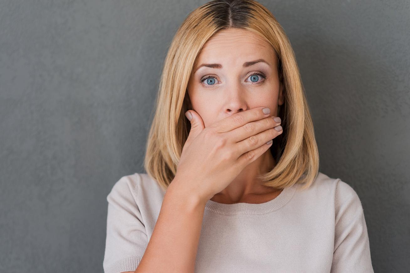 az ételszag rossz emésztése a szájból